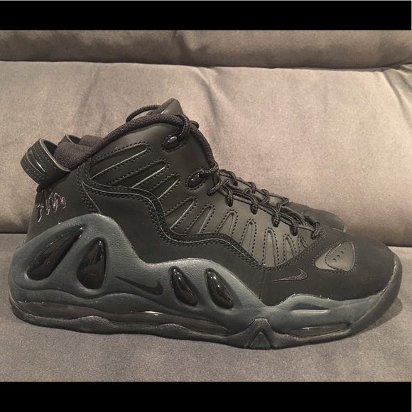 SOLD ❗️Nike Air Max Uptempo 97 Triple Black Pippe NWT